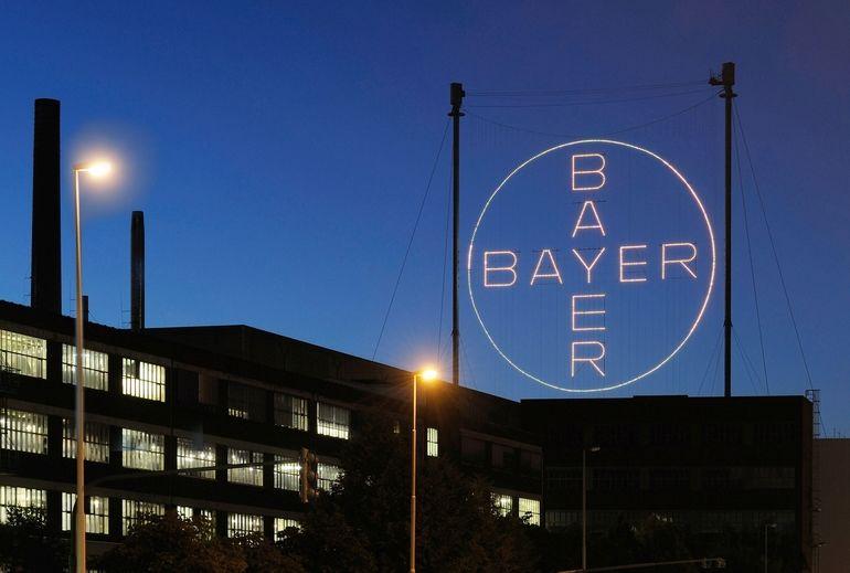 Das_Bayer-Kreuz_bei_Nacht_--------------------------_The_Bayer_Cross_at_night