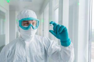 CureVac_laboratory:_GMP_Vial