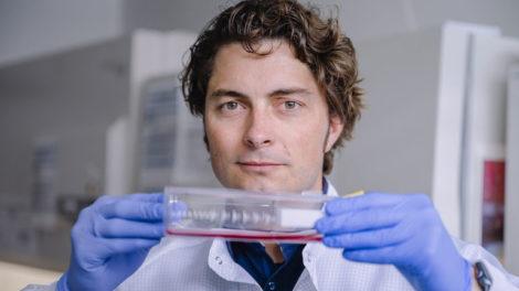 Eisbach-bio_Dr._Adrian_Schomburg.jpg