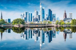 Skyline_of_Frankfurt,_Germany,_the_financial_center_of_the_country.