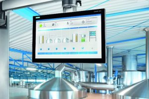 Siemens_erweitert_seine_rundum_IP65-geschützten_Geräte_zum_Bedienen_und_Beobachten_um_die_Simatic_HMI_Comfort_Panels_PRO_(PROtected)._Die_neuen_Panels_mit_12,_15,_19_und_22_Zoll_Bildschirmdiagonale_bieten_die_gleichen_Funktionen_wie_die_Einbaugeräte_und_s