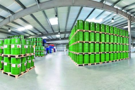 Smarte Chemiefässer geben Auskunft über ihren Zustand