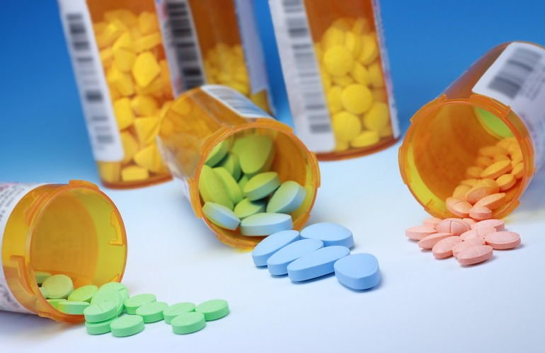 Nicelabel_iStock_A_collection_of_prescription_medications.